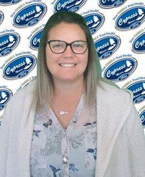 Stefanie Johnston : Collision Centre Administrator